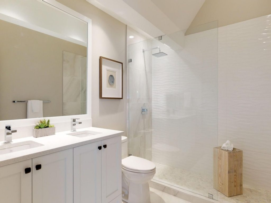 Marine Drive West Vancouver Townhome Bathroom