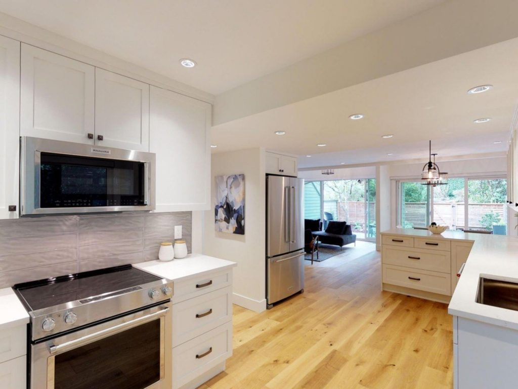 Marine Drive West Vancouver Townhome Kitchen