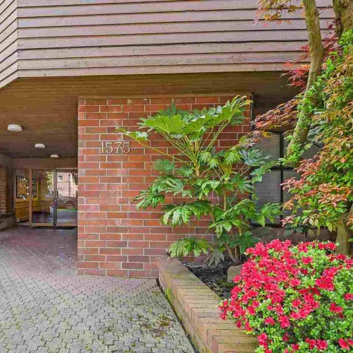 6e15c53b01dd225dd7b5f3e164dd90fe8fb01f14 at 106 - 1575 Balsam Street, Kitsilano, Vancouver West