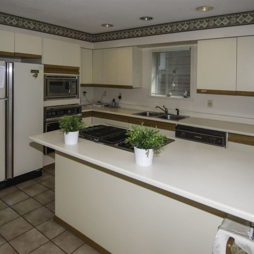7edf8ec887a1e0e6a9534eec31b9ffdd32d30ab6 at 1976 W 13th Avenue, Kitsilano, Vancouver West