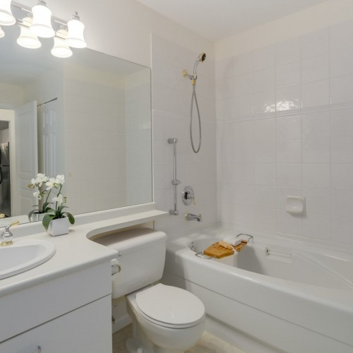 9cb423ce4e986f45f79447c53cd51a9fbad61ea6 at 435 - 1252 Town Centre Boulevard, Canyon Springs, Coquitlam